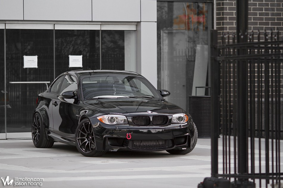 illmotion im highlight ryan dandurand s 2011 bmw 1m. Black Bedroom Furniture Sets. Home Design Ideas